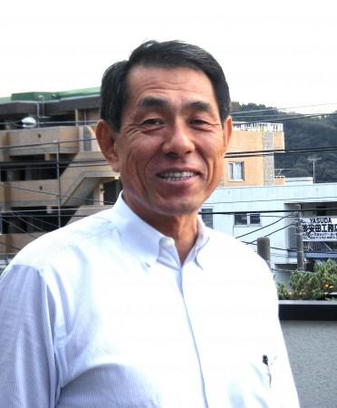 建て替え後の社屋を地域コミュニティの拠点として開放している桐ヶ谷覚さん=逗子市